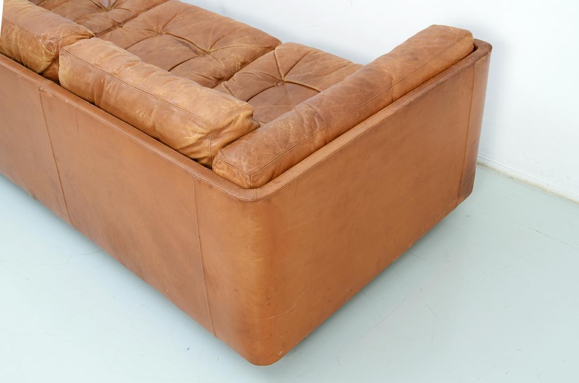 divano in pelle vintage