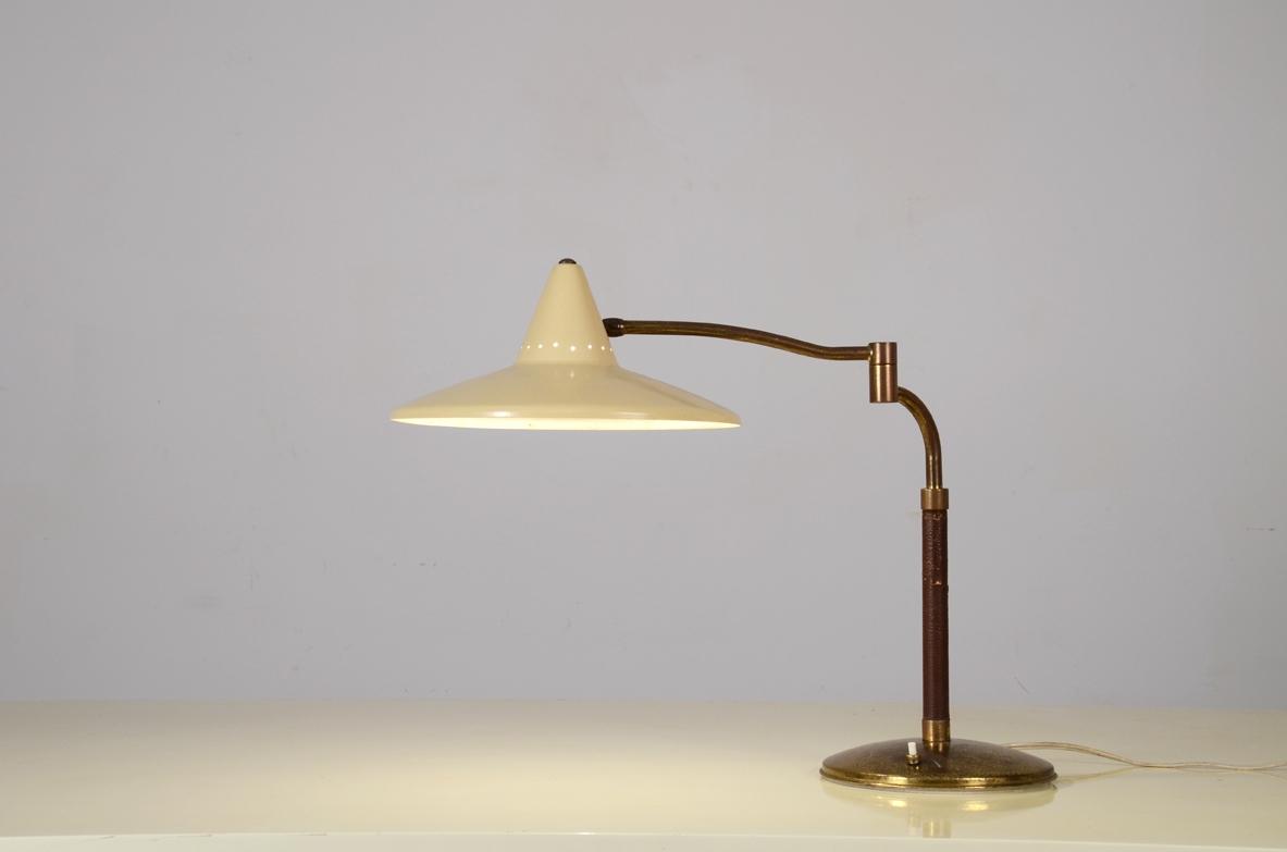 Lampada Da Tavolo Stelo In Ottone E Cappello In Metallo Laccato 1950ca