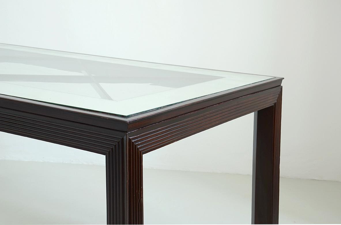 Borsani Varedo, elegante tavolo da pranzo con gambe e ...